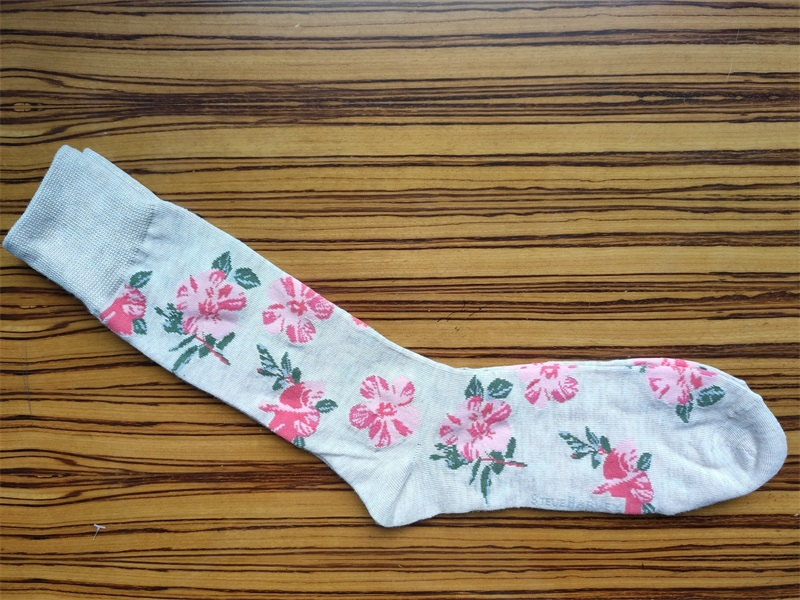 Flower Pattern Embroidered Socks