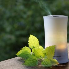 2018 Schöne Mini Ionic Luftreiniger Ätherisches Öl Diffusor mit 7 Farben Befeuchter für Verkauf