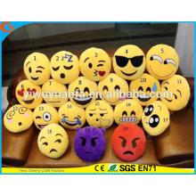 Almohadilla linda amarilla de Emoji del Emoticon de Emoji del diseño de la novedad de la alta calidad de la venta caliente con la expresión facial