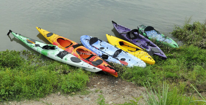 Recreational Single Sit on Top Plastic Fishing Kayak