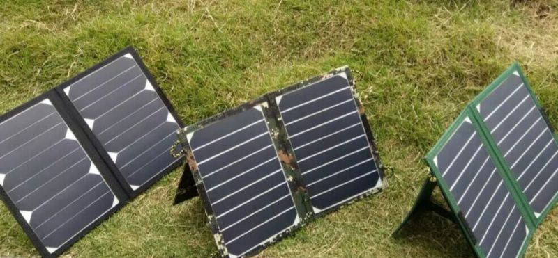 Solar Mobile Power Bank Phone Charger with Ce Approved