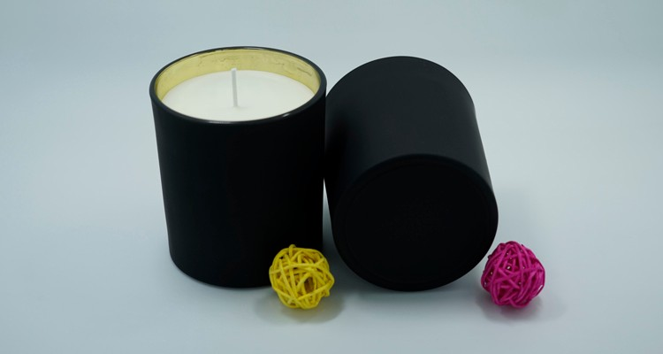 Black Glass Jar Candles