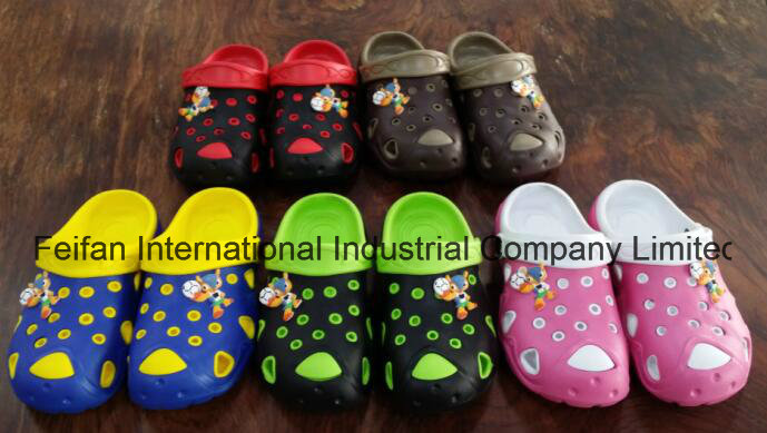 Beautiful Design Softable Unisex Garden Shoes with Cheap Prices, Summer Clogs for Children