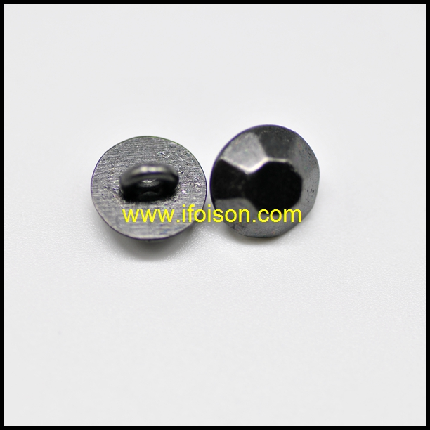 Prismatic shape Shank Button for Coat