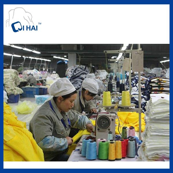 100% Cotton Yarn Dyed Litter Bear Face Towel Supplier
