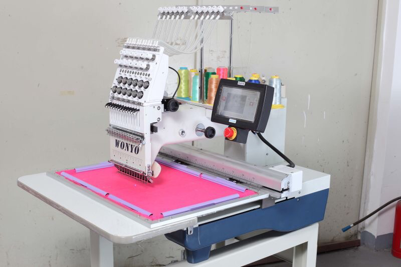 2016 High Speed Single Head Embroidery Machine Wy1201CS
