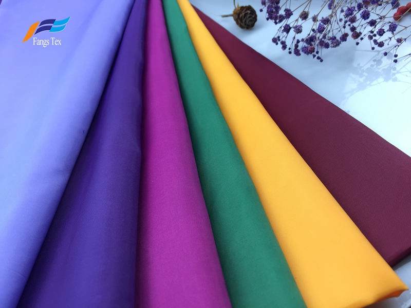 100% Polyester Waterproof Dyed Taffeta PU Garemnt Fabric