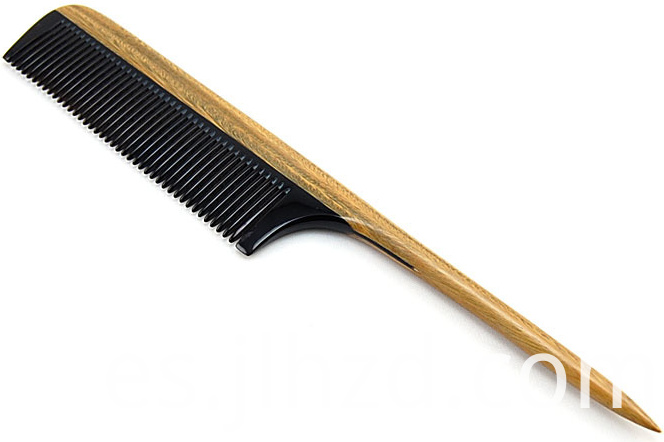 Long handle tail comb