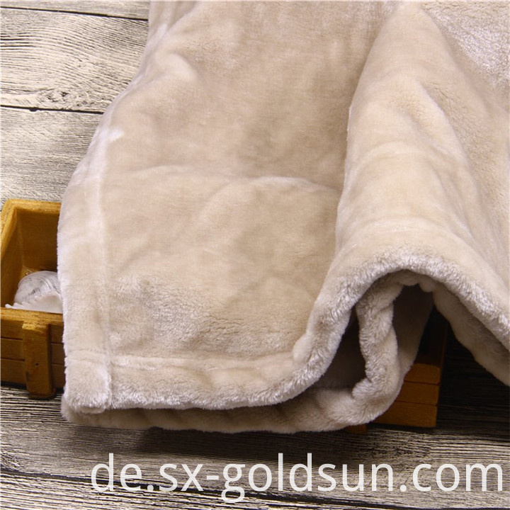 Disposable Coral fleece Blanket