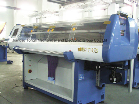 12 Gauge Jacquard Flat Knitting Machine (TL-252S)