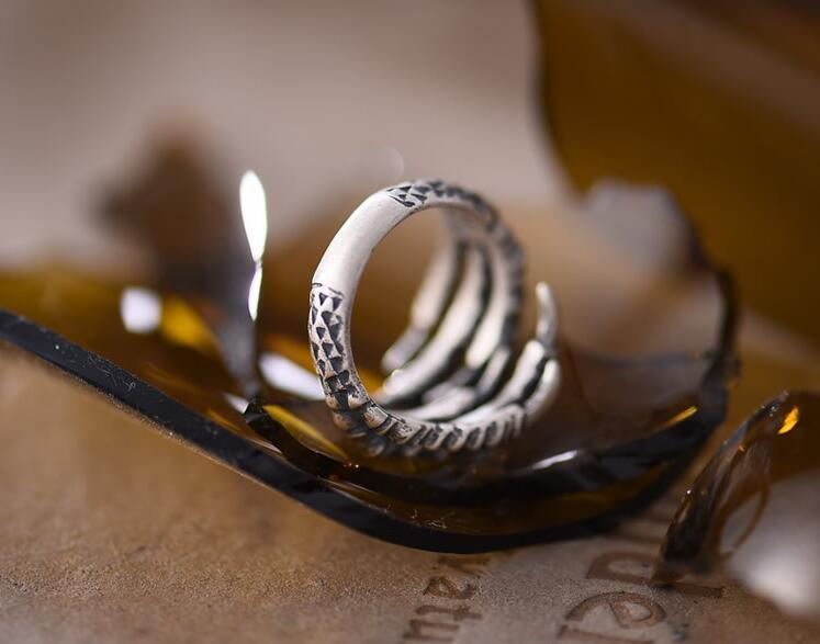 925 Sterling Silver Male Ring Sharp Claw Modelling Retro Color Half Circle