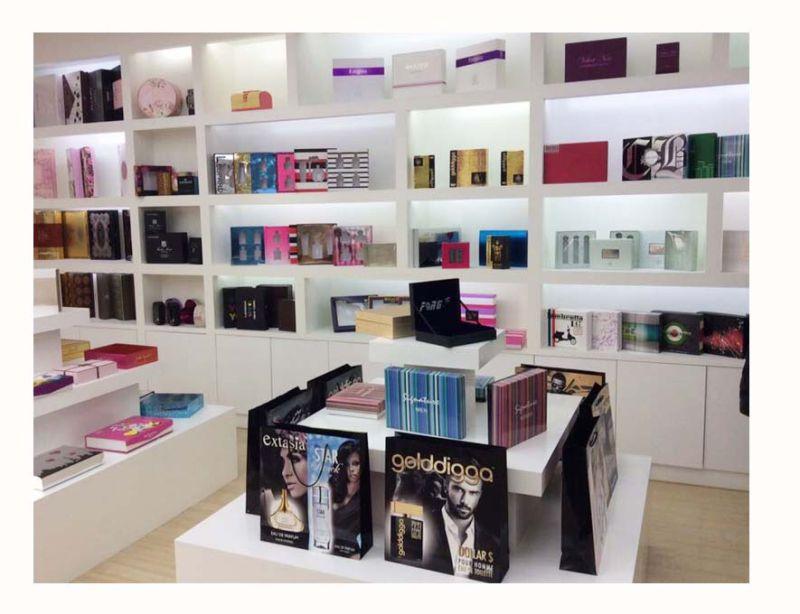 High End Cardboard Cosmetics Packaging Gift Box