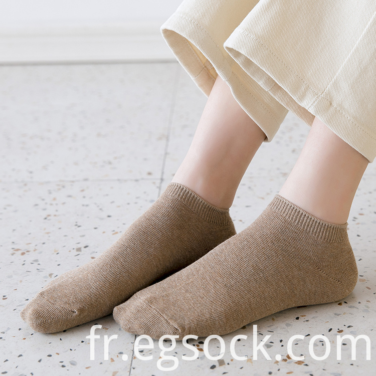women thin solid socks
