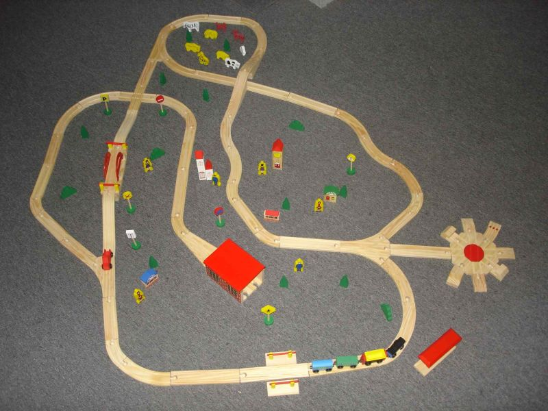 Wooden Train Track with En71 Certificate