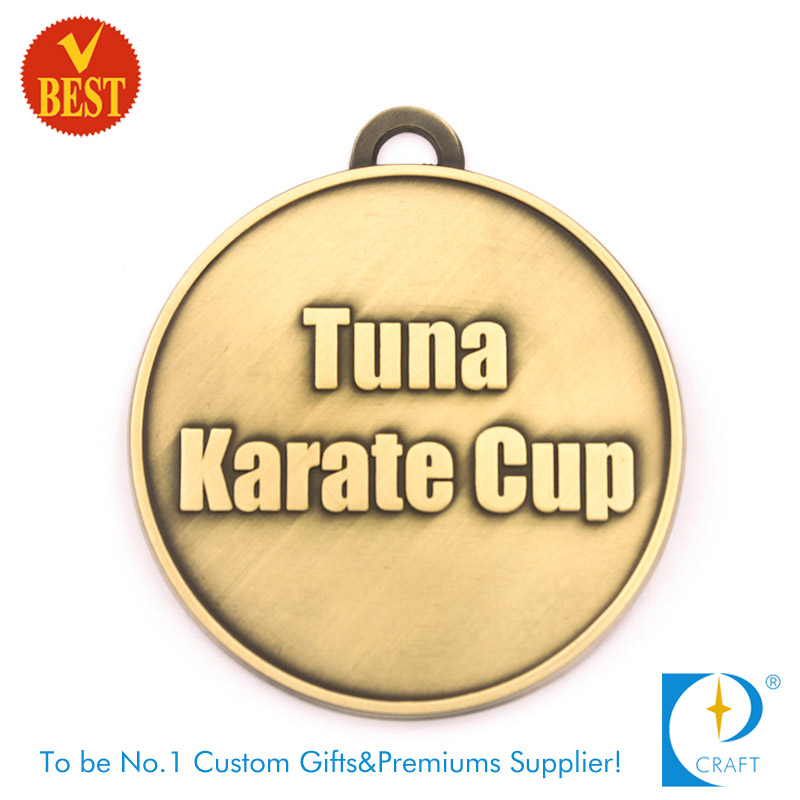 Wholesale China Customized High Quality Brass Plated 3D Karate Medal in Die Casting