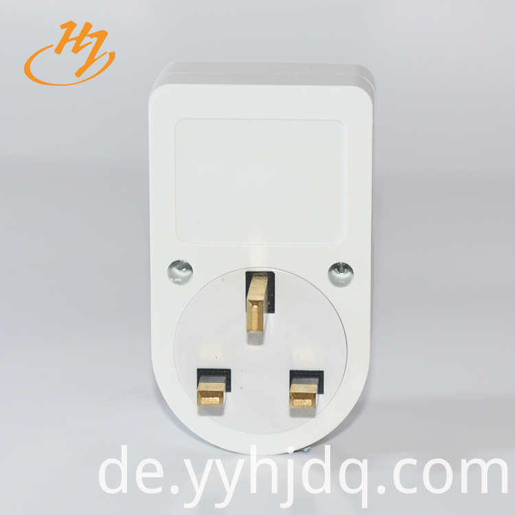 UK Plug 5A-15A Single Phase Voltage Protector