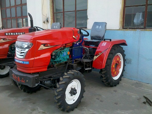 2 Wd 26HP Best Price Small Farming Tractor for Sale Ts-260