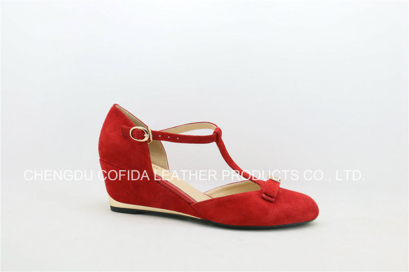 Wedge Heel Genuine Leather Women Shoe with Sweet Design