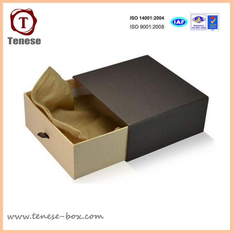 Custom Cardboard Packaging Box for Belt, Scarf, Accessories