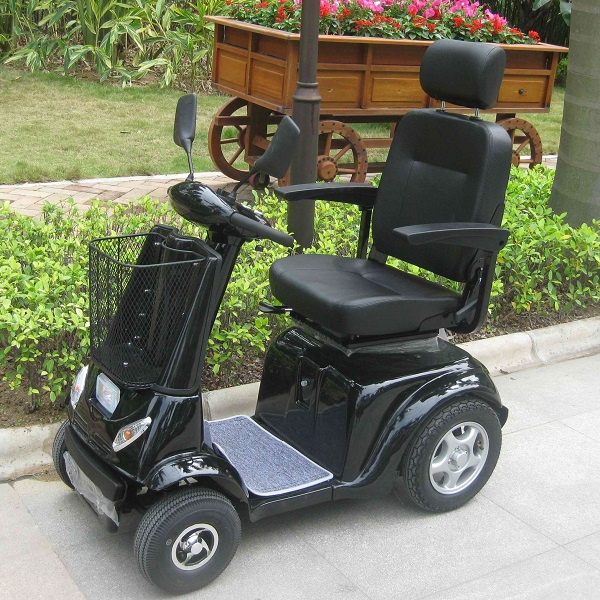 Handicapped Mobility Scooter with 800W Motor (DL24800-3)