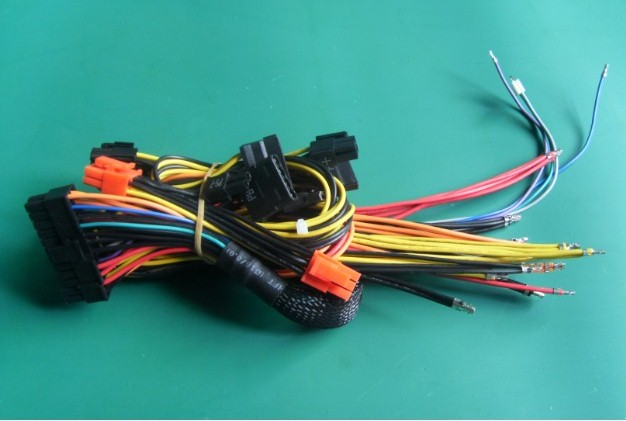 High-End 1300W Computer Power Supply Connector Cable