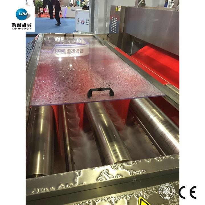 Máquina de corte e compressão para tingimento têxtil