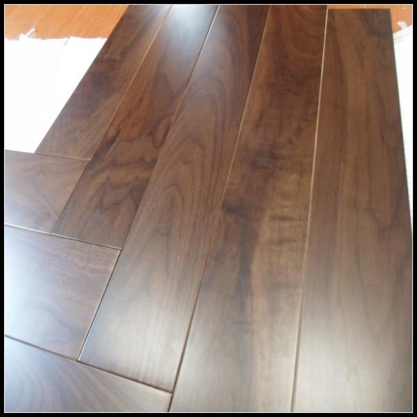 Prefinished Engineered American Black Walnut Hardwood Flooring