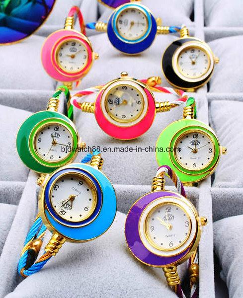 Bangle Wrist Watch Quartz Gold Fashion Bracelet Ladies Watches