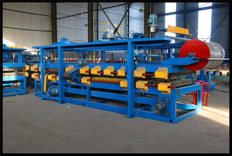 China Equipments Sandwich Panel Making Machine