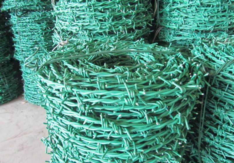 Hot-DIP Galvanized Barbed Wire Price Per Roll Made in China