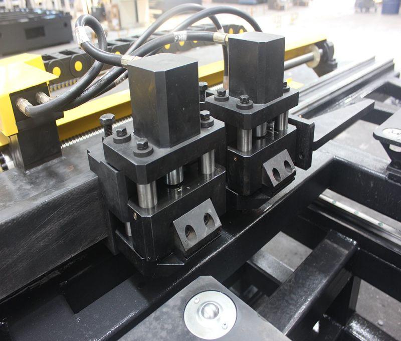 A venda quente realçou a máquina de perfuração do CNC da marcação da imprensa hidráulica para a placa