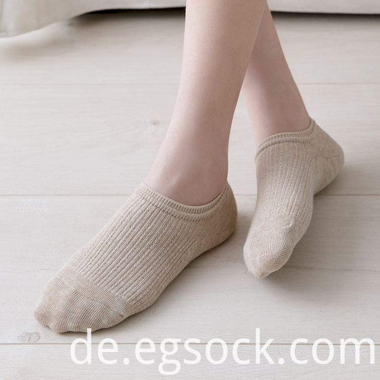 Socks Invisible Women
