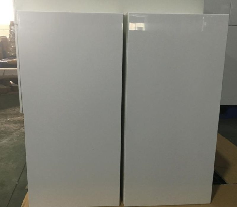 White Melamine Carcase with Glossy Doors for Kitchen Cabinets (customized)