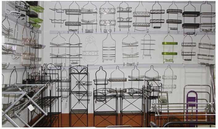 Fornecedor de cabina de chuveiro de arame de metal na China Fabricante de rack de banheiro de fábrica