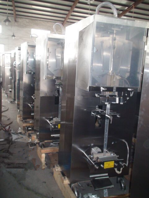 Vertical Automatic Counting System Sachet Small Fruit Juice Factory