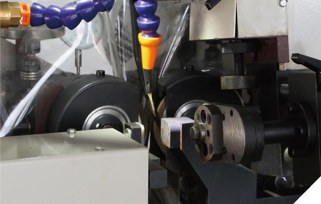 MLC-300b Full Automatic Side Angle Saw Blade Sharpening Machine (Robot Arm)