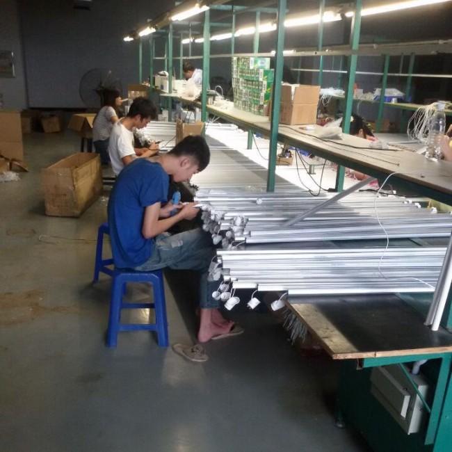 2400mm 240cm 2.4m 8 Feet LED Tube Light T8 LED Lamp Tube Ce RoHS