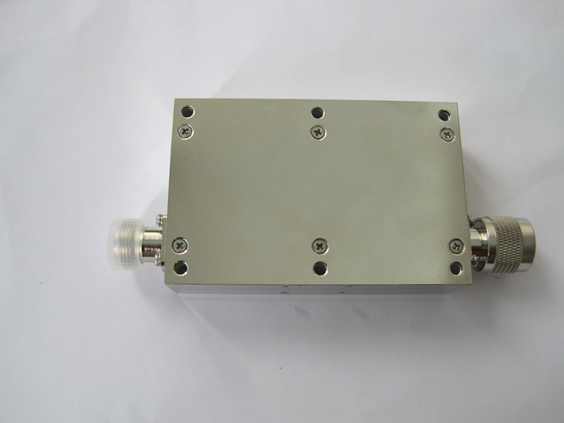 High performance isolator