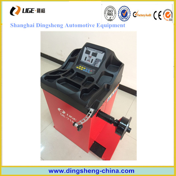 Tire Balancing Machine, Precision Balance with Ce Certificate Ds-7100