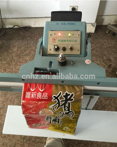 Foot Press Cutting Sealing Machine with Cutter