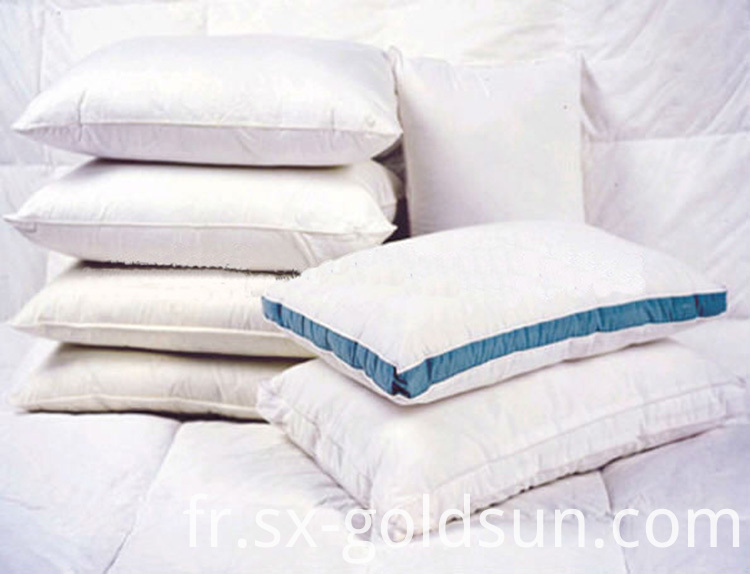 100% Non Woven Designer Pillows