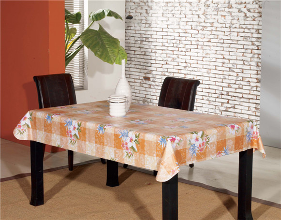 New Design Cheap Vinyl Material PVC Printed Pattern Table Cover with Nonwoven Backing