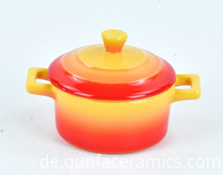Soup Pot with Lid