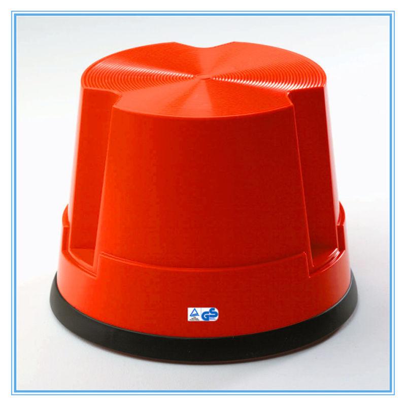 2017 Hot Selling Plastic Adjustable Ergonomic Footrest
