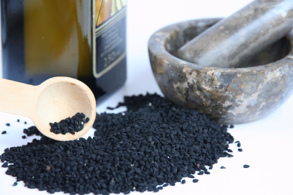 Wholesale Custom OEM 100% Natural Black Cumin Seed Oil (100% Pure & Natural - Undiluted Non-toxic; No Additives; Unfiltered with No Fillers)