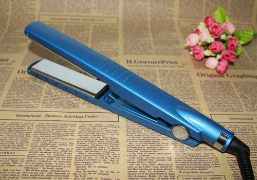 Newest Digital Titanium PTC Hair Straightener