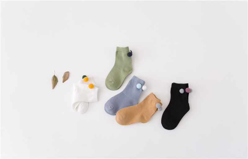 Play with Balls ----Little Girl Lovely Cozy Ball Cotton Socks Fashion and Beatiful Socks