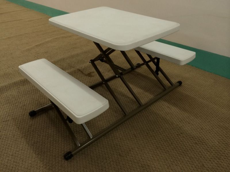 Plastic Folding Square Table, Used out Door Coffee Table