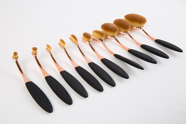 Best Sell 10PCS Tooth Shape Oval Makeup Brush Kit