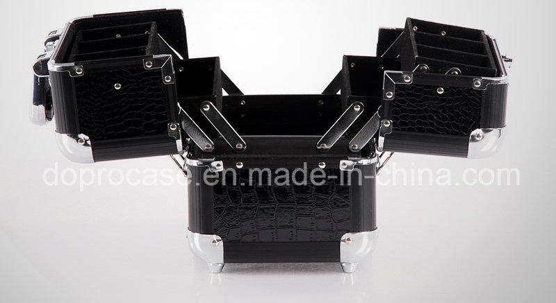 Medium Size Crocodile PVC Mateiral Makeup Storage Box (SACMC105)